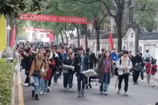 现场报道:湖南艺考统考开考(附艺考真题),1月15日前开通公布合格线