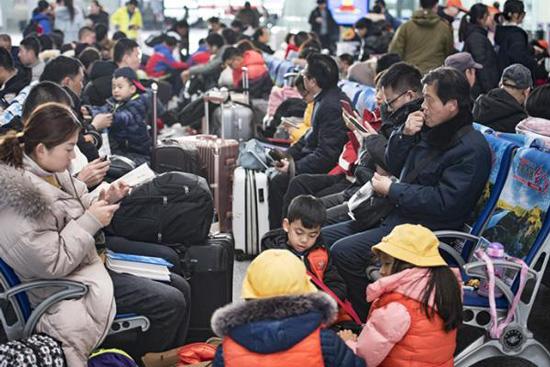 春运第七天铁路预计发送1182万人次,同比增16.8%