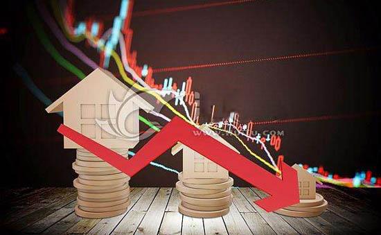 金融市场连环跌:纳指期货触发熔断 日经225指数跌超5%