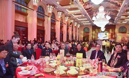 杨云瑶受邀参北京常德企业商会年度盛典文艺晚会