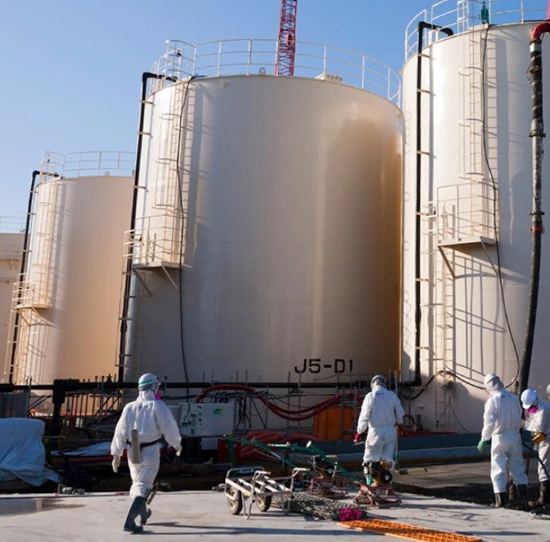 成人每天喝2升也没事?日本核废水排入大海留下的三大悬念